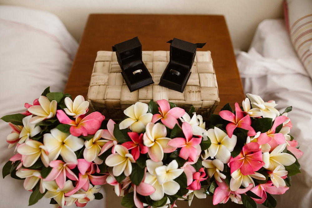 TROPICAL ISLAND - Destination Weddings: Sparkling sunshine & Frangipani