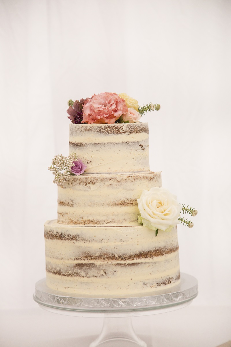 Wedding Cake | Naked Cake | Wharerata Function Centre Wedding | Maggie Sottero – Winifred | Astra Bridal | Fantail Photography
