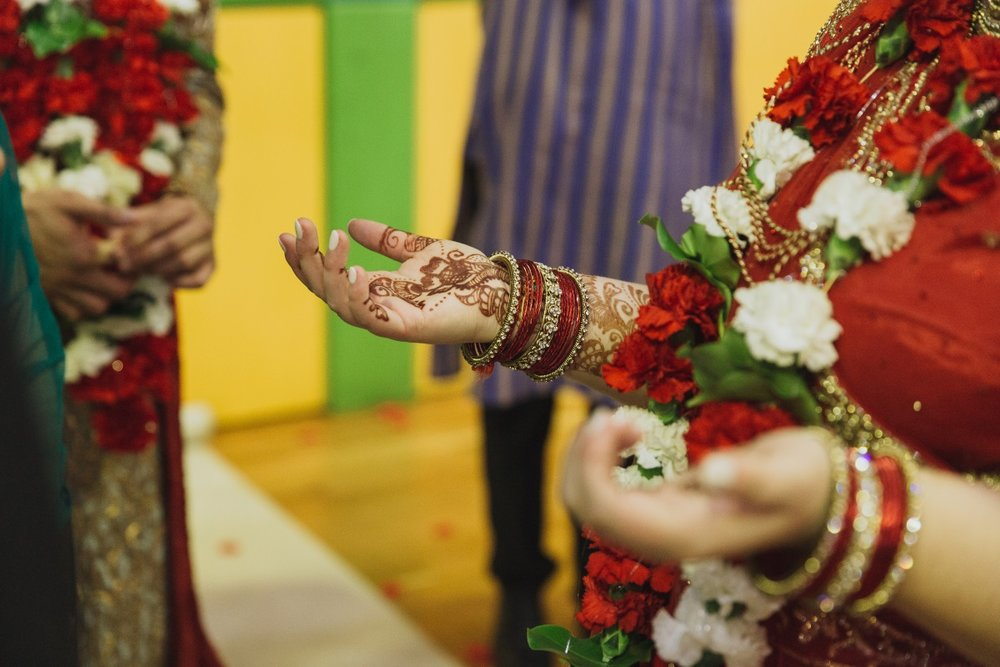 Hindu Bridal Henna Tattoo | Indian Wedding | Bonny 1420 | Astra Bridal | Candy Capco Photography