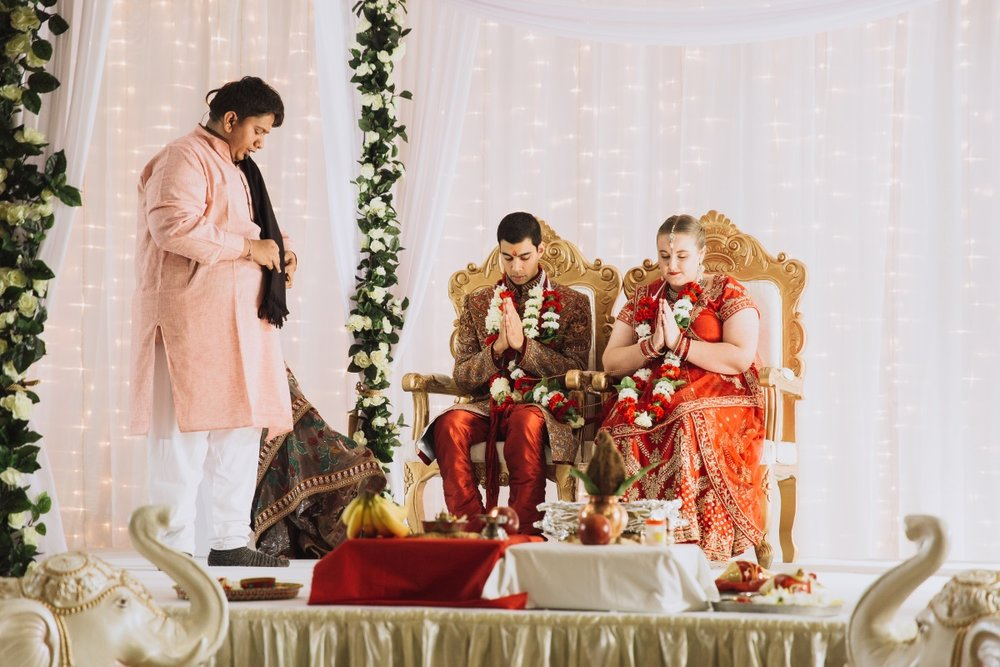 Hindu Wedding Arch | Indian Wedding | Bonny 1420 | Astra Bridal | Candy Capco Photography