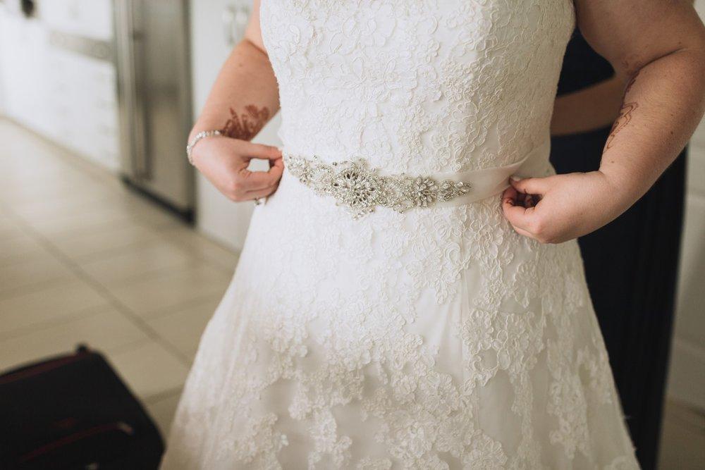 Bridal Belt | Lace Wedding Gown | Classic Urban Wedding | Indian Wedding | Bonny 1420 | Astra Bridal | Candy Capco Photography