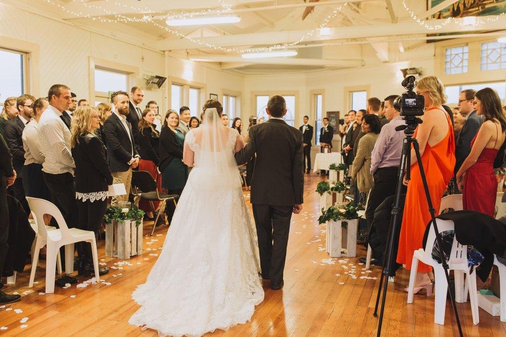 Modern Wedding Ceremony Classic Urban Wedding | Indian Wedding | Bonny 1420 | Astra Bridal | Candy Capco Photography