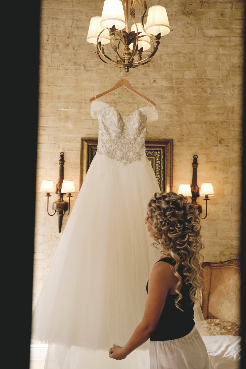 Ball Gown Wedding Dress | Astra Bridal | Maggie Sottero | Avianto Estate | Little White Ribbon Photography