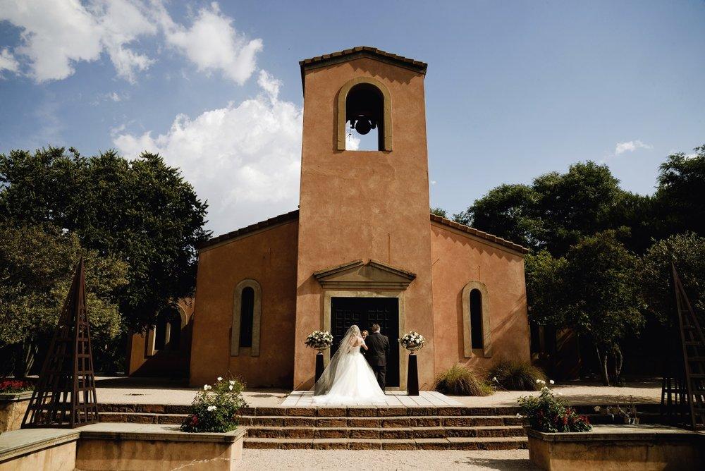 Terracotta Chapel | Astra Bridal | Maggie Sottero | Avianto Estate | Little White Ribbon Photography