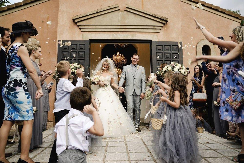 Wedding Confetti | Astra Bridal | Maggie Sottero | Avianto Estate | Little White Ribbon Photography