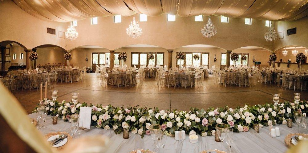 Reception Hall Avainte Estate | Astra Bridal | Maggie Sottero | Avianto Estate | Little White Ribbon Photography