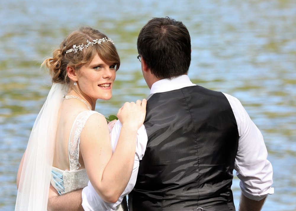 Lake Side Wedding | Astra Bridal | Christina Rossi | Hamilton Airport and Conference Centre