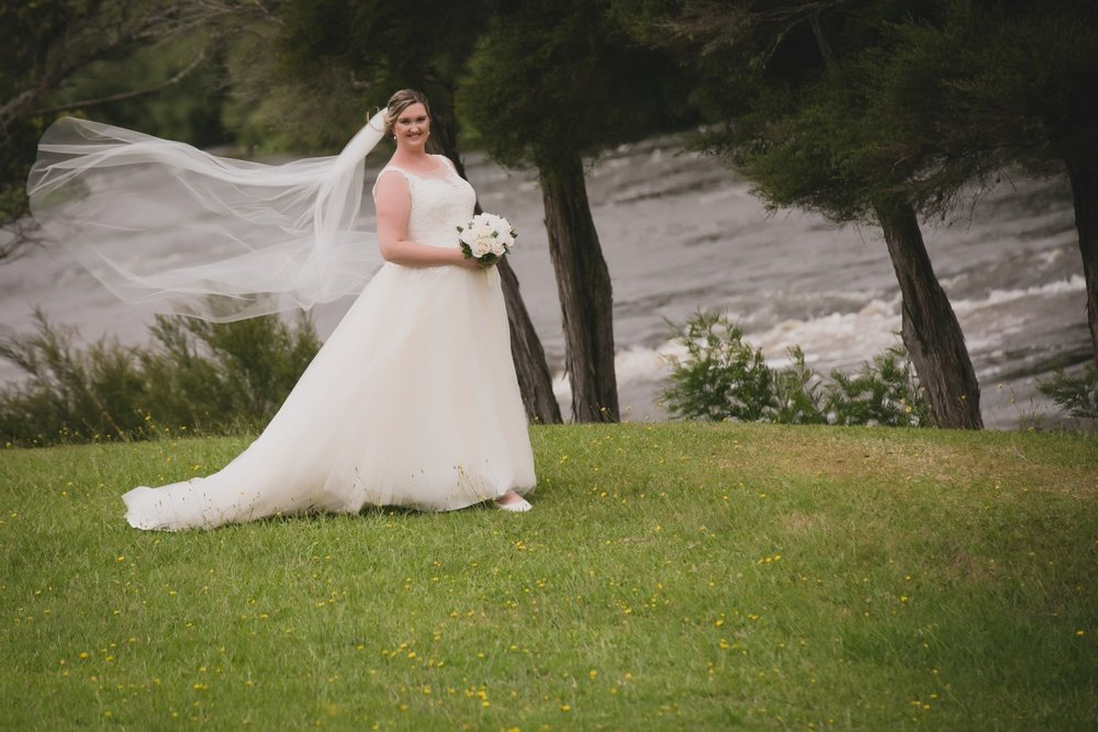 Plus Sized Bride | Bonny Bridal - 630 | Astra Bridal | Puketona Farms, Puketona, Bay of Islands| GDR Photography