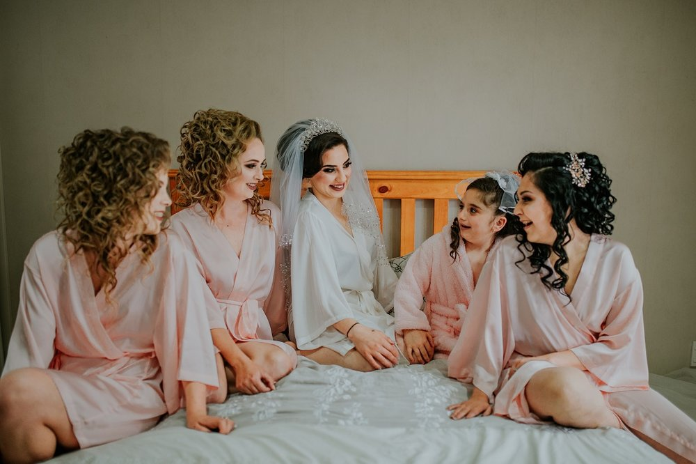 The Bride & her entourage | Outlet Bride Marium