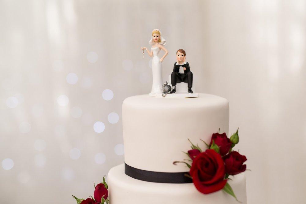 Wedding Cake   Astra Bridal   Christina Rossi   Fountain Gardens, Te Puna   Jackie O Photography