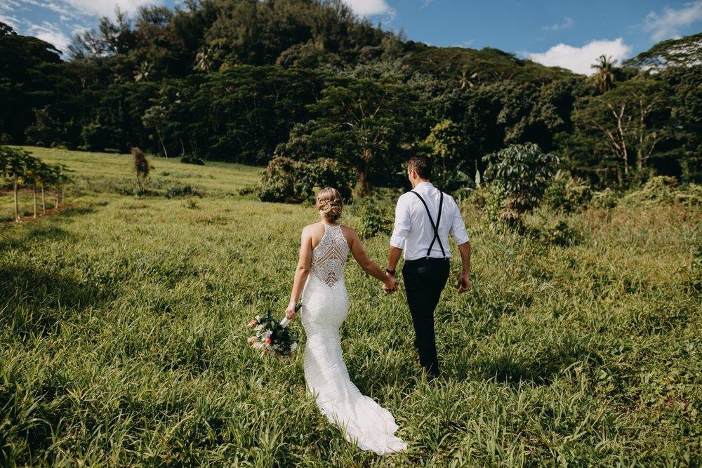 Cotton Lace Wedding Gown | Astra Bridal | Sottery & Midgley | Muri Beach Club Hotel | Alex King Photography