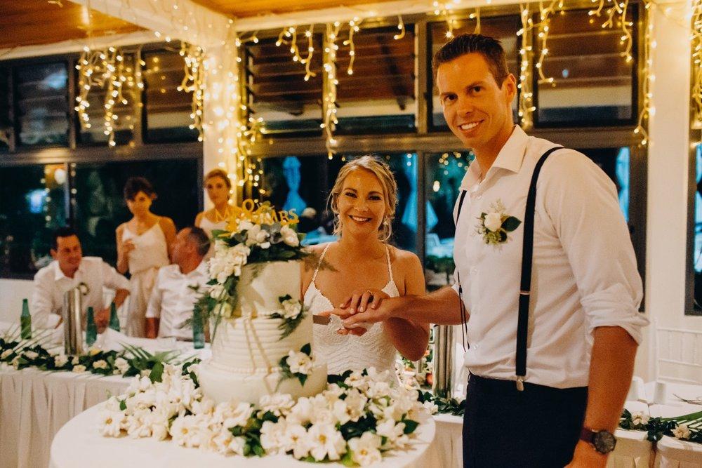 Wedding Cake | Astra Bridal | Sottery & Midgley | Muri Beach Club Hotel | Alex King Photography