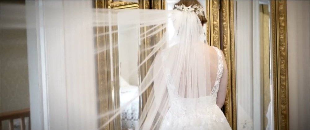 Low back and Veil | Astra Bride Jessica
