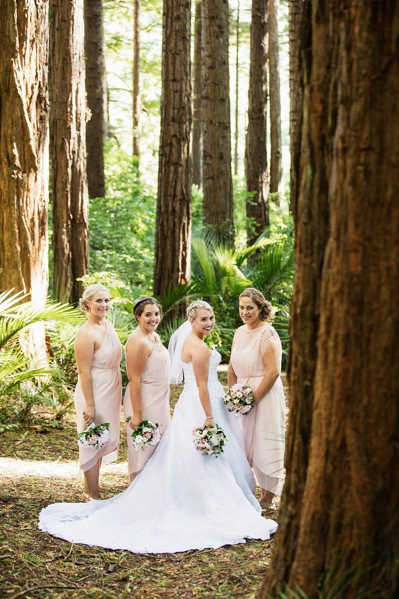 The Bride & Bridesmaids | Astra Bride Nicole