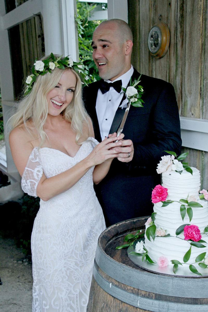 Wedding Cake | Astra Bridal | Maggie Sottero | Alisha Taylor Photography