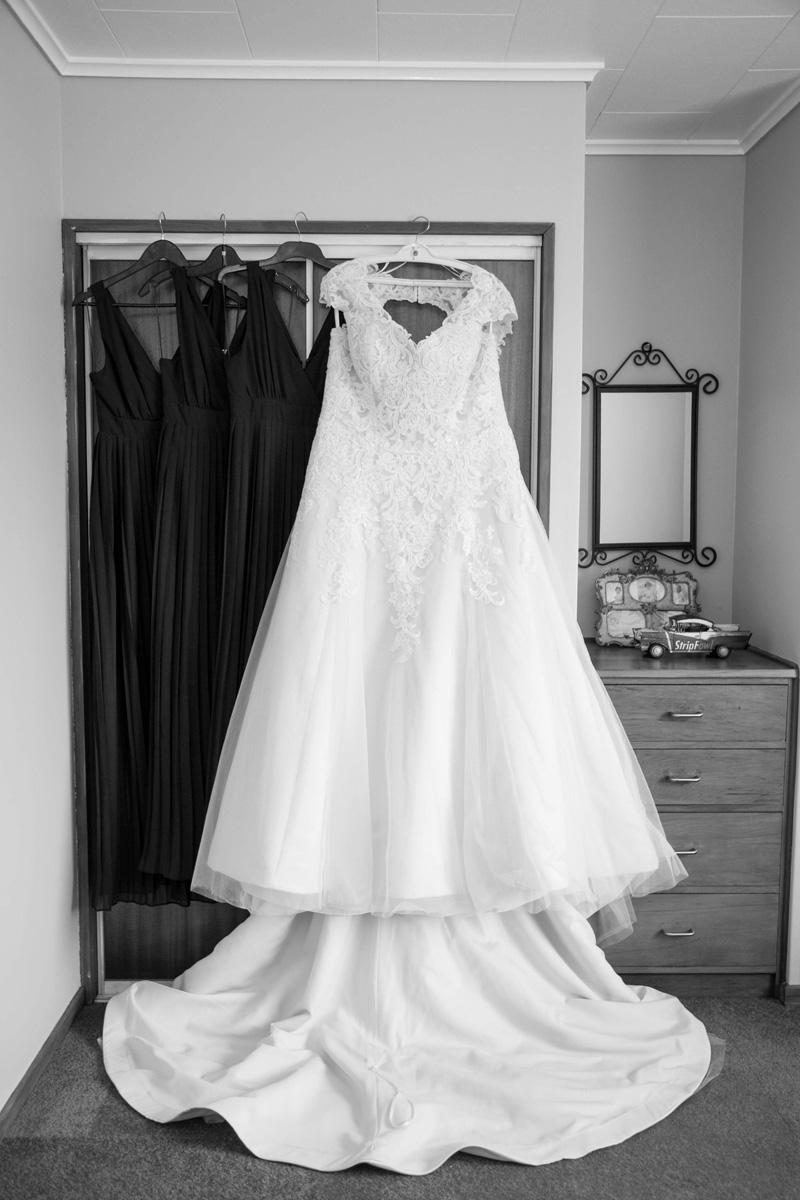 A-line Wedding Gown | Garden Wedding | Astra Bridal | Bonny Bridal | Sandra Henderson Photography