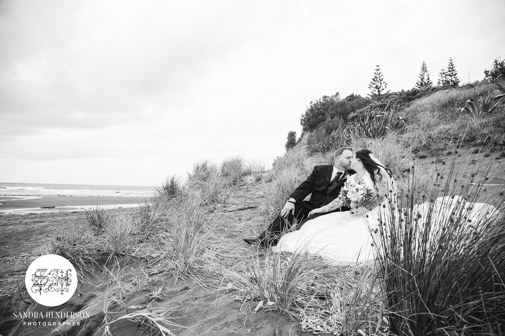 Tussock Grass Bridal Shoot | Garden Wedding | Astra Bridal | Bonny Bridal | Sandra Henderson Photography