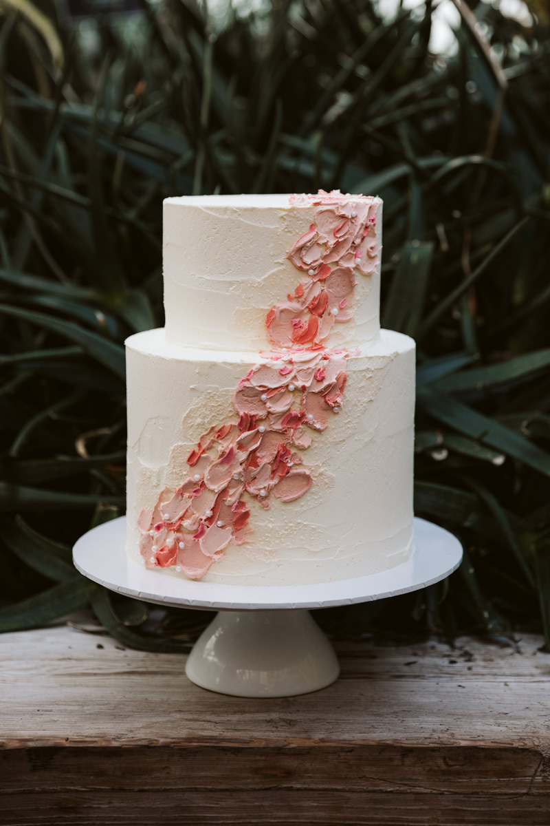 Wedding Cake | Same Sex Styled Shoot | Astra Bridal | Maggie Sottero | Marys Bridal | Sweet Events Photography