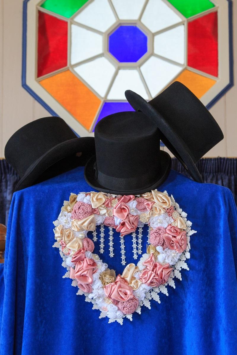 Top Hats | Maggie Sottero | Astra Bridal | Vintage Wedding | Larnach Castle | Vanessa Adcock Photography