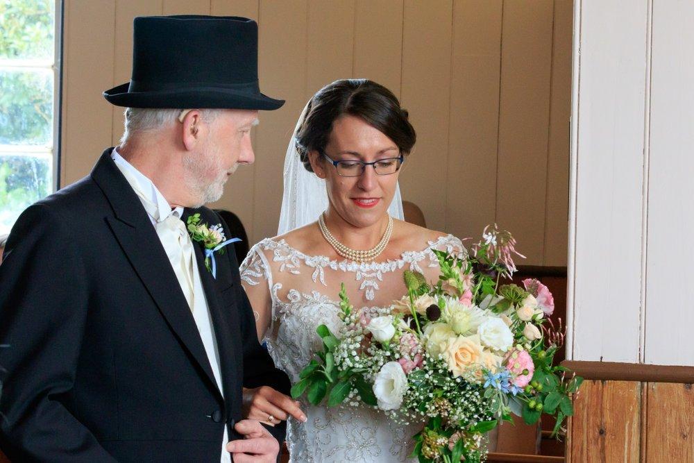 Wedding Bouquet | Maggie Sottero | Astra Bridal | Vintage Wedding | Larnach Castle | Vanessa Adcock Photography