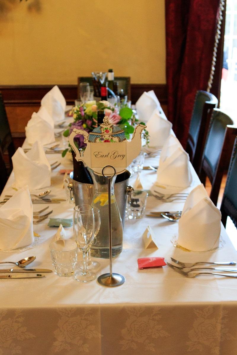 Reception table | Maggie Sottero | Astra Bridal | Vintage Wedding | Larnach Castle | Vanessa Adcock Photography