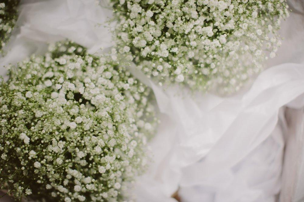 Babys Breath bouquet | Essence Bridal | Astra Bridal | Classic Wedding | Daltons Plantation | Ruth Gilmour Photography