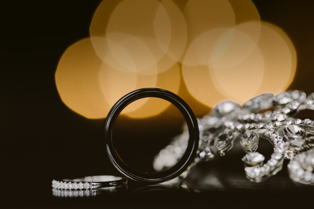 Hair clip | Essence Bridal | Astra Bridal | Classic Wedding | Daltons Plantation | Ruth Gilmour Photography