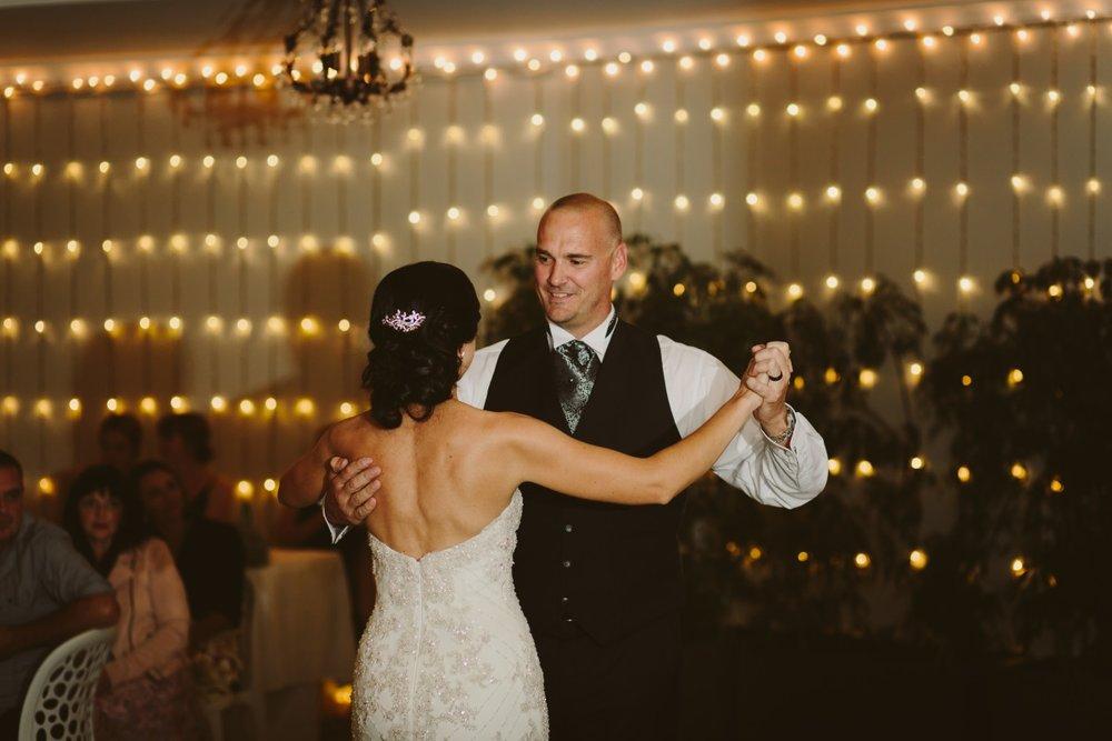 Wedding Dance | Essence Bridal | Astra Bridal | Classic Wedding | Daltons Plantation | Ruth Gilmour Photography