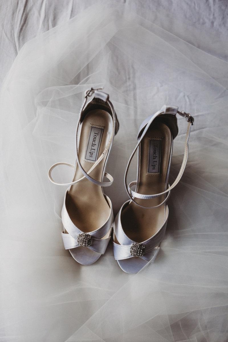 Bridal Shoes | Bonny Bridal | Astra Bridal | Classic Wedding | Huka Falls Resort | Jessica Lee Photography