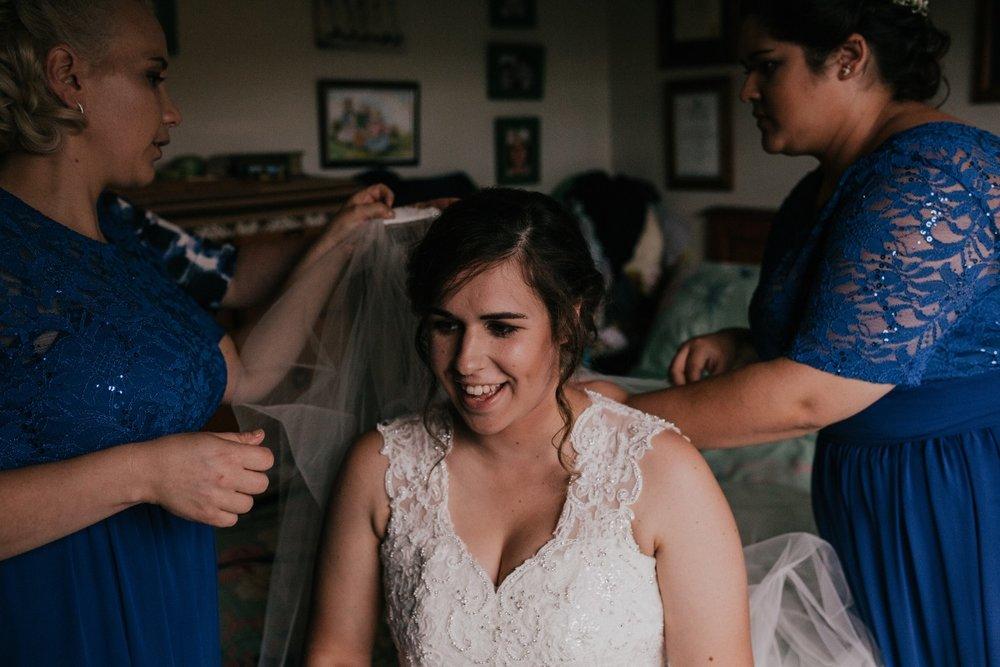 Queen Anne Neckline | Bonny Bridal | Astra Bridal | Classic Wedding | Huka Falls Resort | Jessica Lee Photography