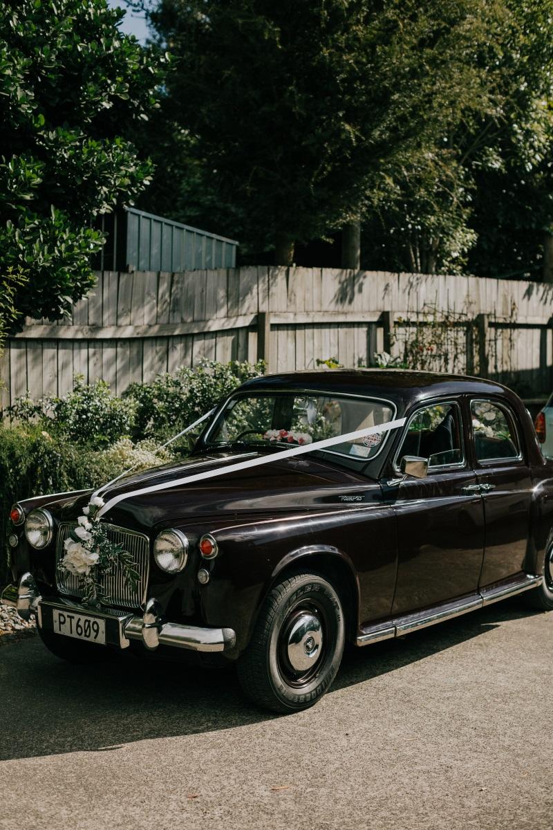 Classic Wedding Car | Bonny Bridal | Astra Bridal | Classic Wedding | Huka Falls Resort | Jessica Lee Photography