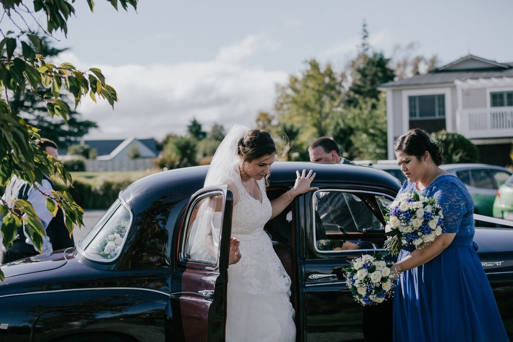 Curvy Bride | Bonny Bridal | Astra Bridal | Classic Wedding | Huka Falls Resort | Jessica Lee Photography
