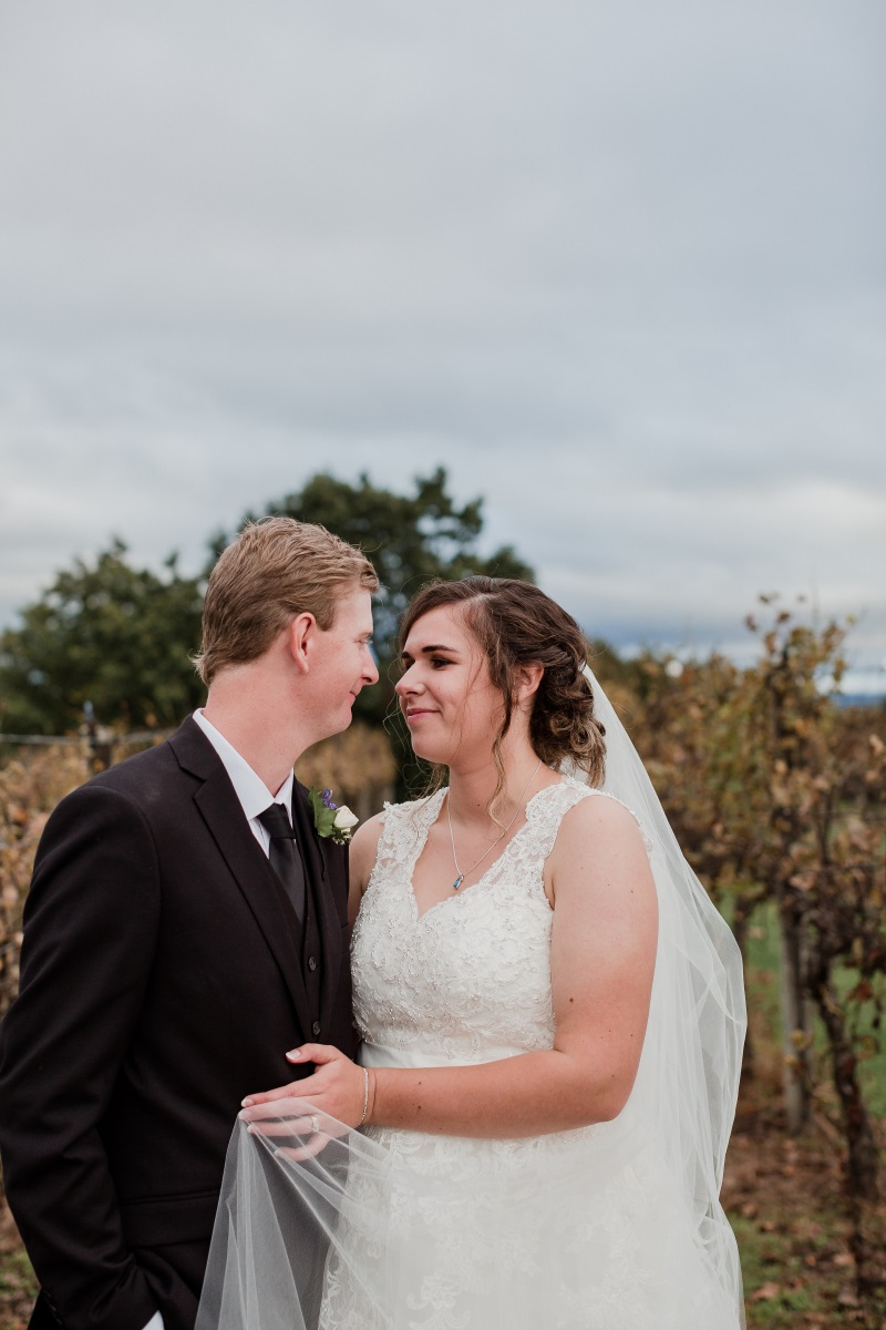 Lace Neckline | Bonny Bridal | Astra Bridal | Classic Wedding | Huka Falls Resort | Jessica Lee Photography