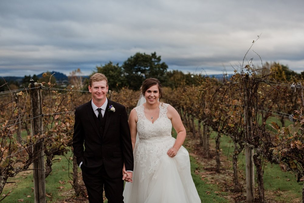 Plus sized bride | Bonny Bridal | Astra Bridal | Classic Wedding | Huka Falls Resort | Jessica Lee Photography