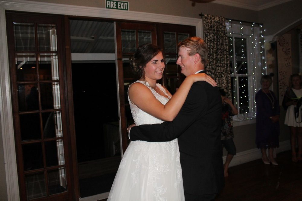 Wedding Dance | Bonny Bridal | Astra Bridal | Classic Wedding | Huka Falls Resort | Jessica Lee Photography