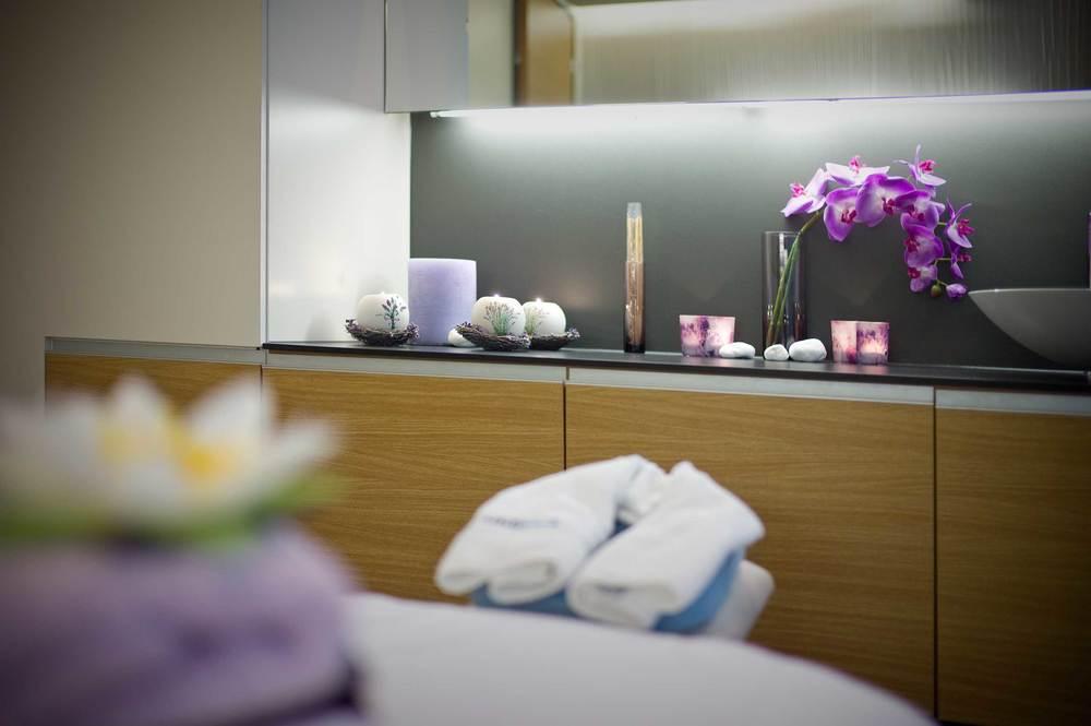 Gönnen Sie sich eine  Massage  oder ein Verwöhn-Treatment