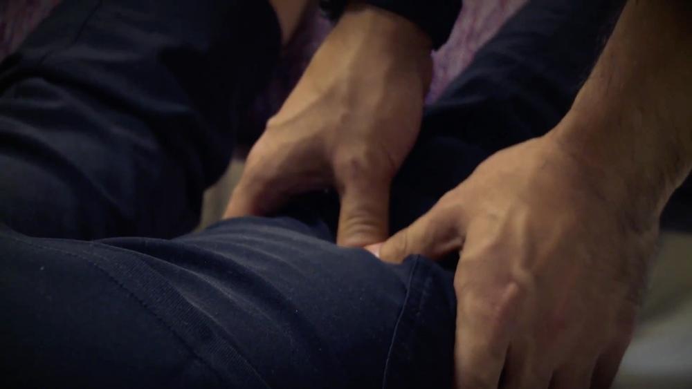 Shiatsu.Massage.Leg.jpg