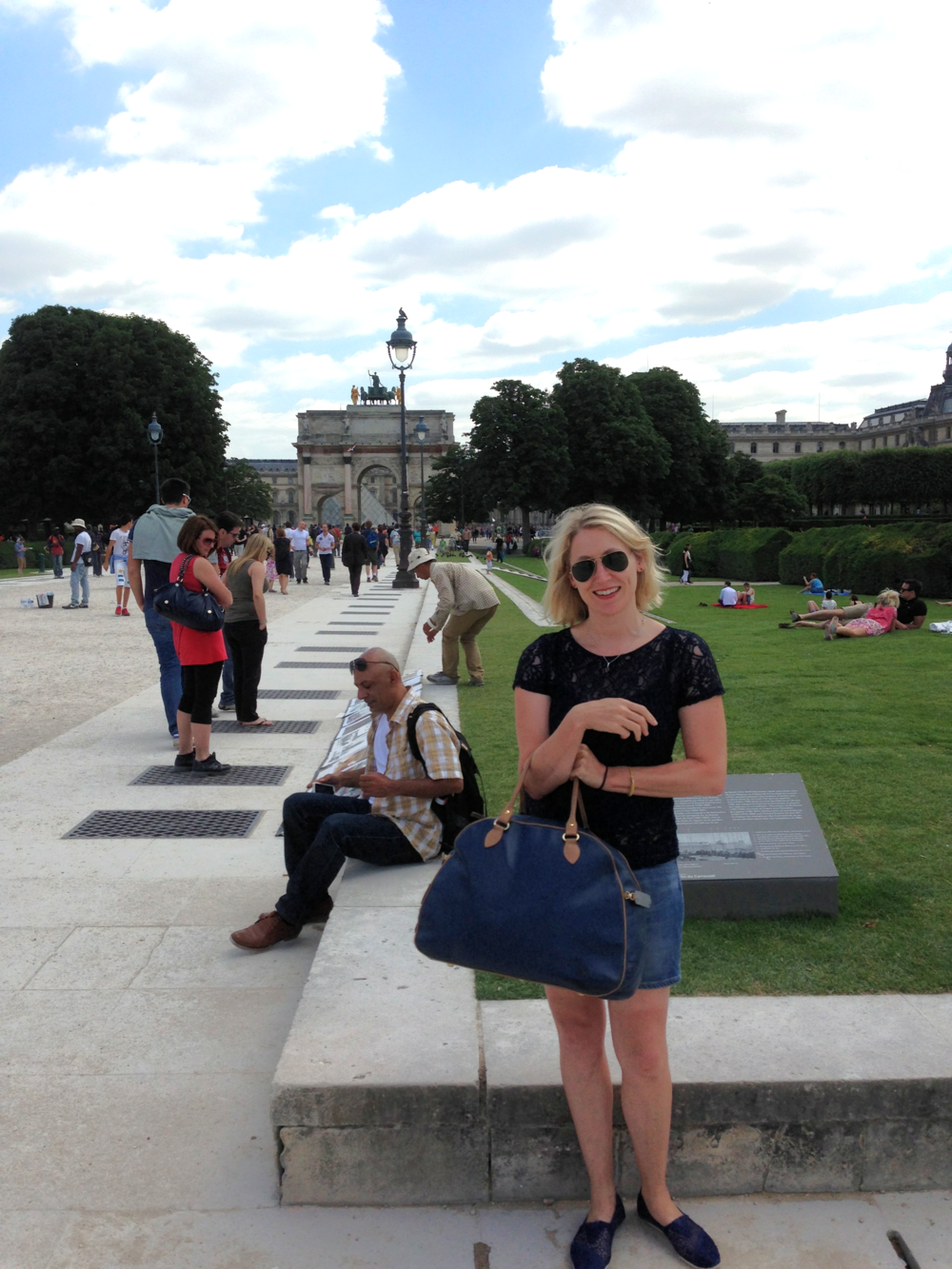 Outside the Louvre with my Birkdale pannier.