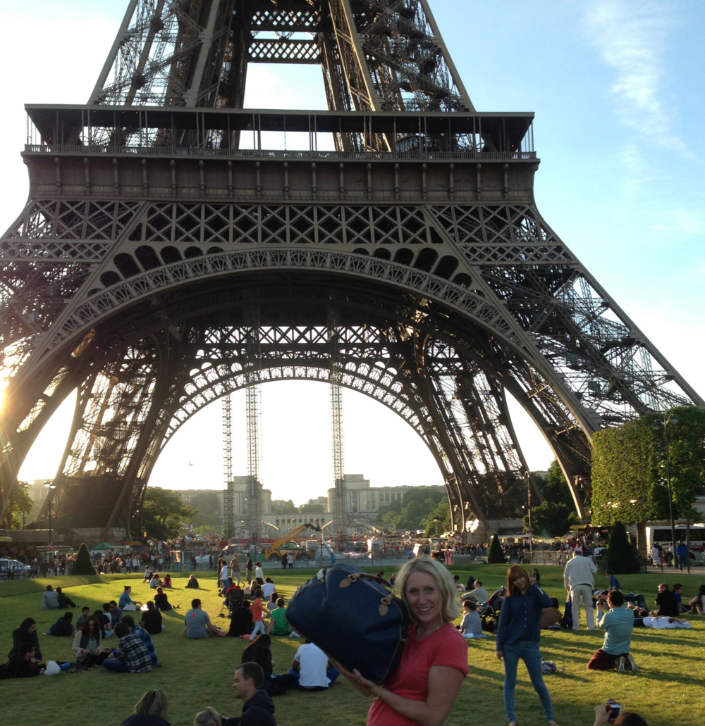 Catherine Smug, having made it to the Eiffel tower with one of our Birkdale Bike Bags.