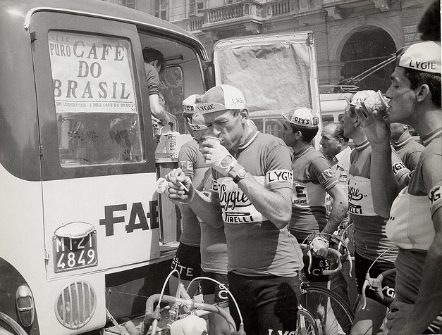 Italian cyclists with coffee