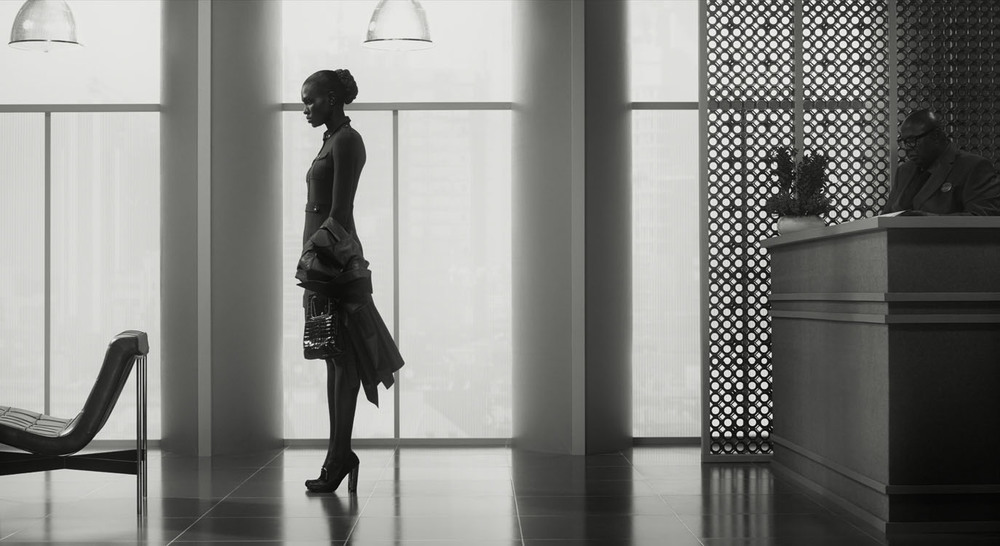 Erwin Olaf, Waiting, Nairobi 3, La Defense 1, 2015,Paris - Courtesy the artist and Rabouan Moussion Gallery Paris
