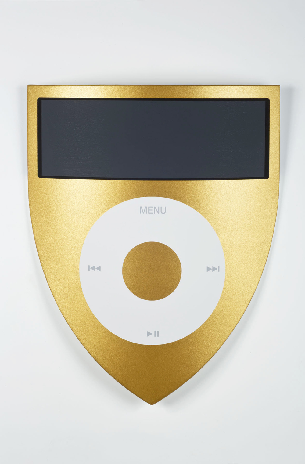Luke Newton, I-Bouclier Gold, 2013, 62x53,5x5 - cm - Courtesy the artist and Rabouan Moussion Gallery Paris