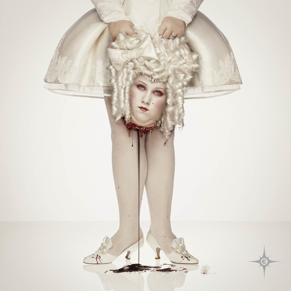 Erwin Olaf, Marie-Antoinette 1793, 2000 - Courtesy the artist and Rabouan Moussion Gallery Paris
