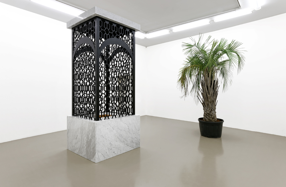 Mehdi-Georges Lahlou,   Les talons d'Abraham, marble, wood, cinnamon, various materials 320 x 180 x 180 cm, 2016 - Courtesy the artist and Rabouan Moussion Gallery Paris