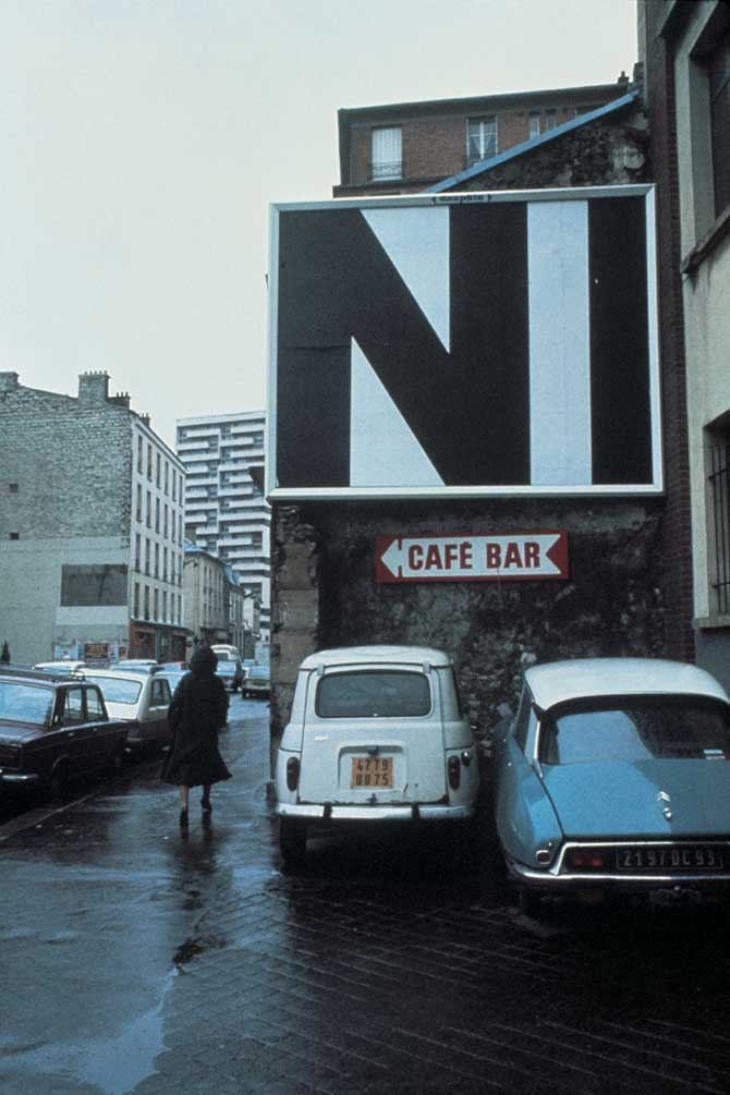 1977-1978 City Performance   #3, Silkscreen 3 x4 m on 54 Billboards, Paris 1977-1978, Collection FRAC Lorraine Courtesy the artist and Rabouan Moussion Gallery