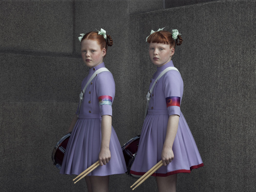 Erwin Olaf, Indochine, Tess & Lisa 02