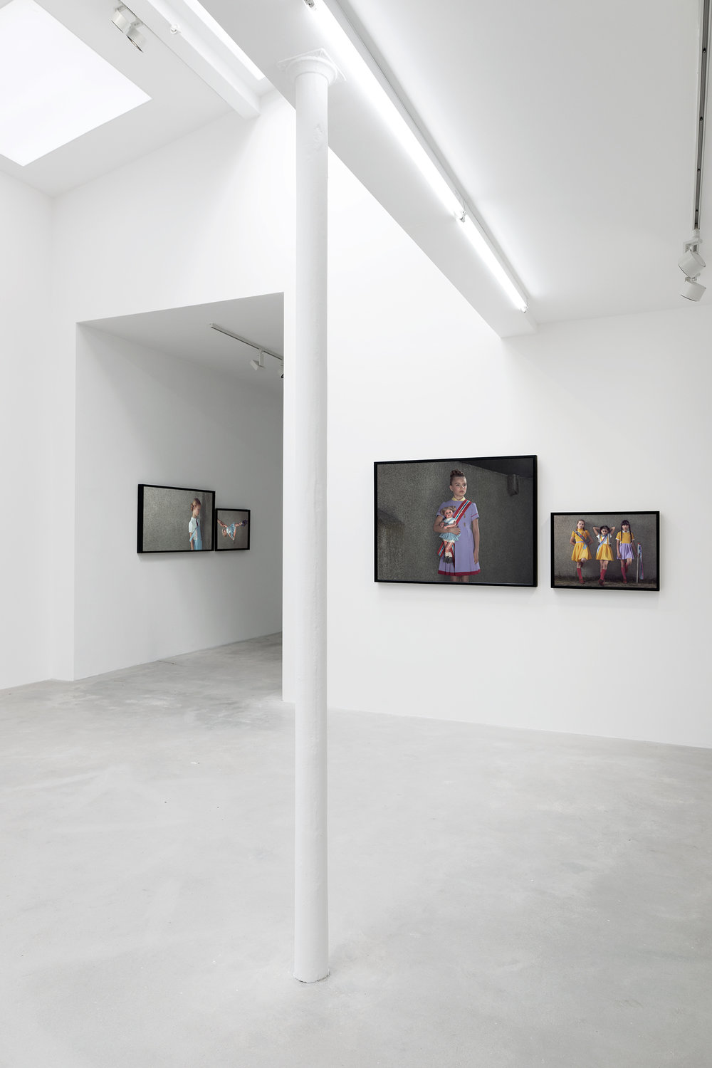 Erwin Olaf et Indochine, Galerie Rabouan Moussion