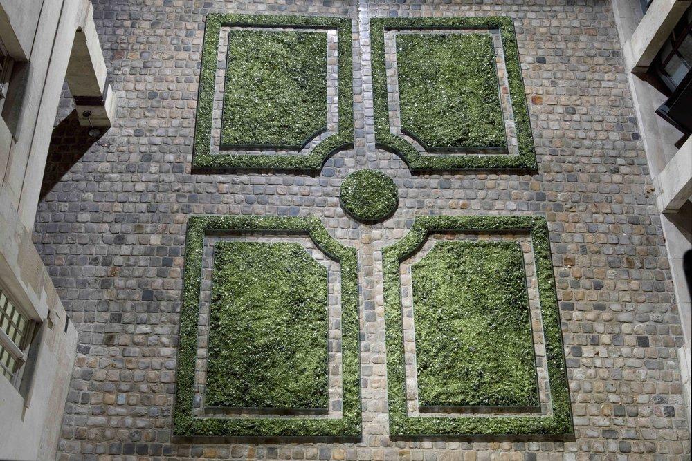 Jardin,  Cour d'honneur du Musée Cognacq-Jay, 2011