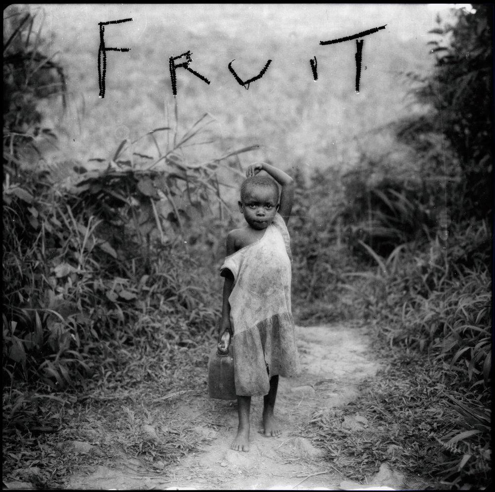 Jammes_Pygmée chassé de la forêt primaire, Ouganda, source du Nil_1996_200x200cm_6.jpg