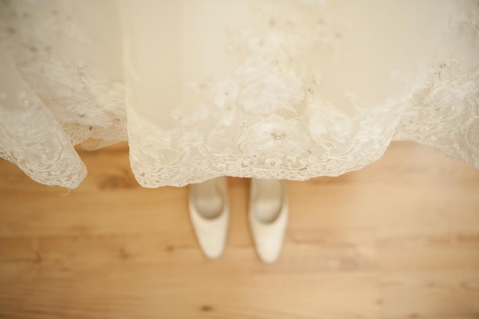 Tullyglass wedding photography - Laura & Andrew 007.jpg